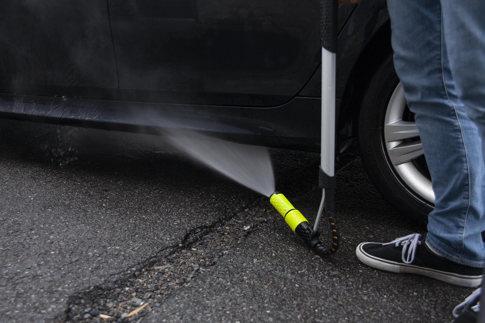 FlexiLance Under Car